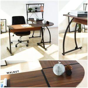 BUREAU  Merveilleusement spacieux bureau en forme de L con