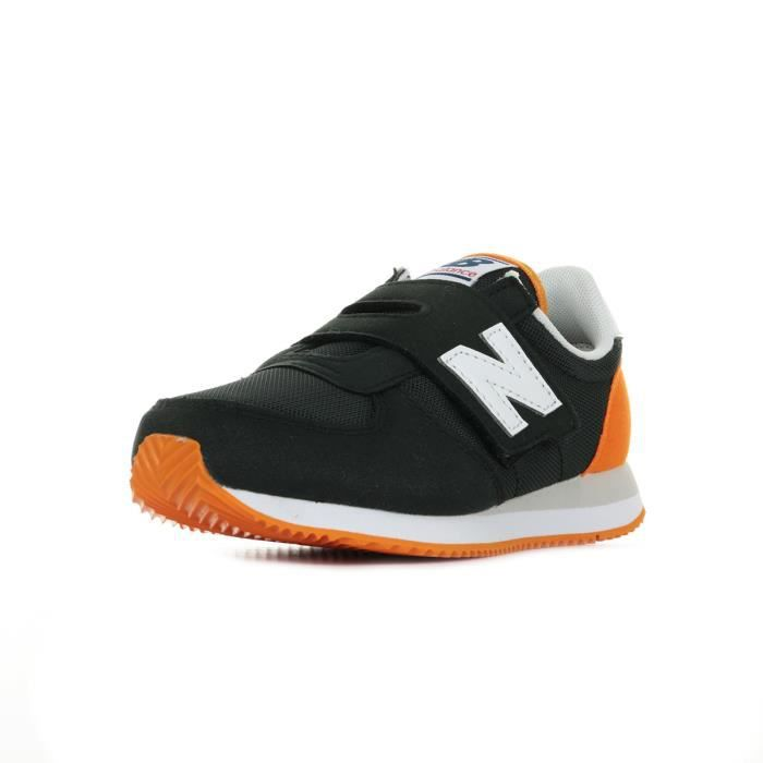 Baskets New Balance 220 BKO