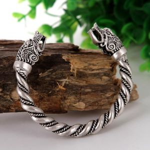 BRACELET - GOURMETTE Bracelet tête de loup Bracelet iginal animal brace