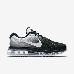 low priced 4c9c3 0b793 BASKET Basket NIKE AIR MAX 2017 Chaussure de running pour
