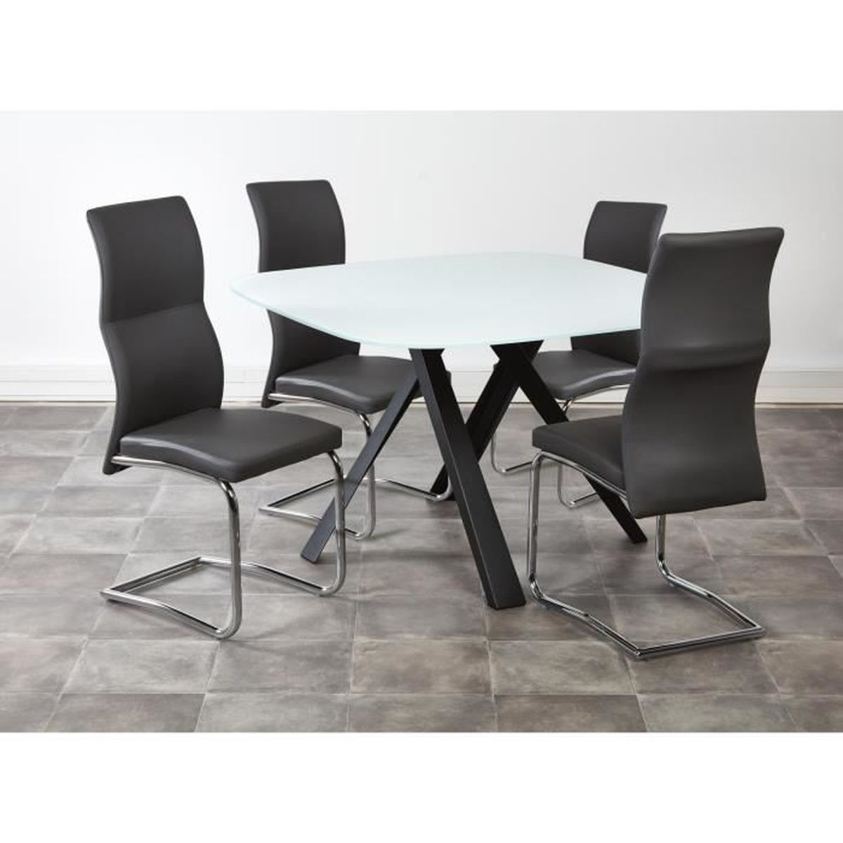 Ensemble table manger 4 chaises uzma noir achat for Ensemble table a manger
