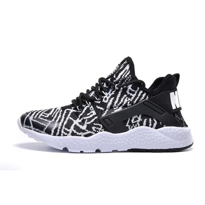 separation shoes 35d28 a7205 NIKE AIR HUARACHE RUN ULTRA Basket - Age - ADULTE, Genre - Mixte, Couleur -  ZÈBRE NOIR BLANC