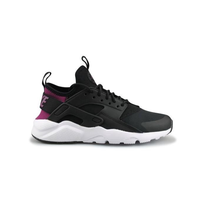 BASKET Basket Nike Air Huarache Run Ultra Junior Noir 847