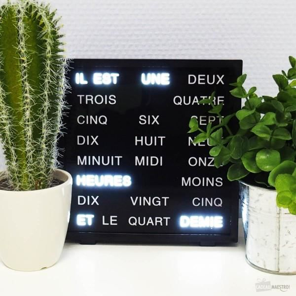 Horloge à Mots LED - Cadeau Maestro Noir Et Blanc