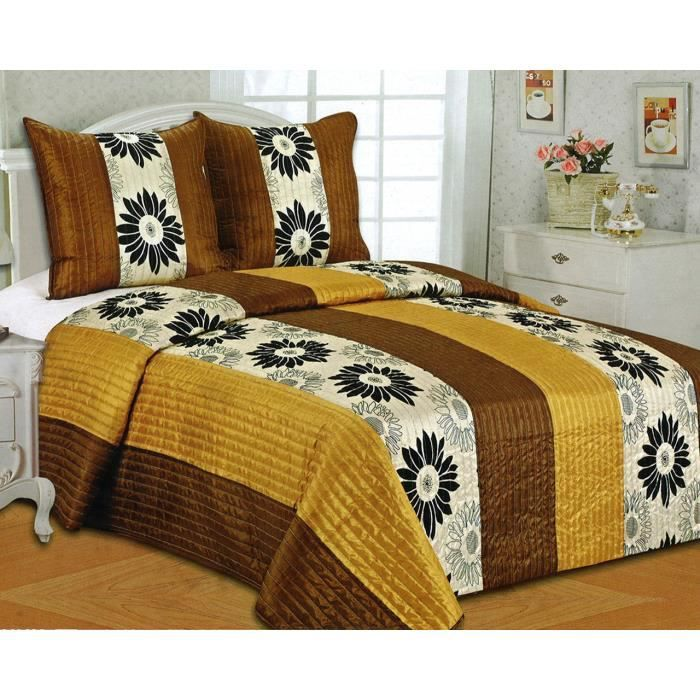 boutis patchwork imprim 2 personnes 1 couvre lit 220 x 240 cm et 2 taies d 39 oreiller 65 x 65 cm. Black Bedroom Furniture Sets. Home Design Ideas