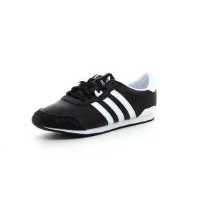 BASKET ADIDAS ORIGINALS Baskets Zx 700 Be Lo W Chaussures. Baskets basses  en cuir, coloris noir ... d5bf4f4c78e2