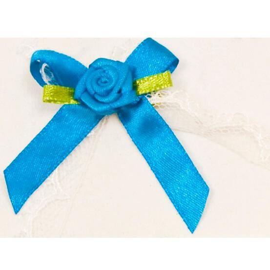 Mariage: Cocarde boutonnière satin bleu turquoise (x10) REF/ACM443