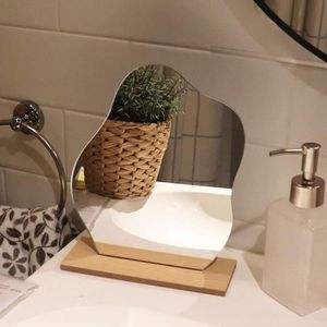 Miroir Acrylique en Forme D/étoile Irr/éguli/ère Ins Avec Base en Bois Pour le Maquillage et la D/écoration /à la Maison Miroirs D/écoratifs de Table