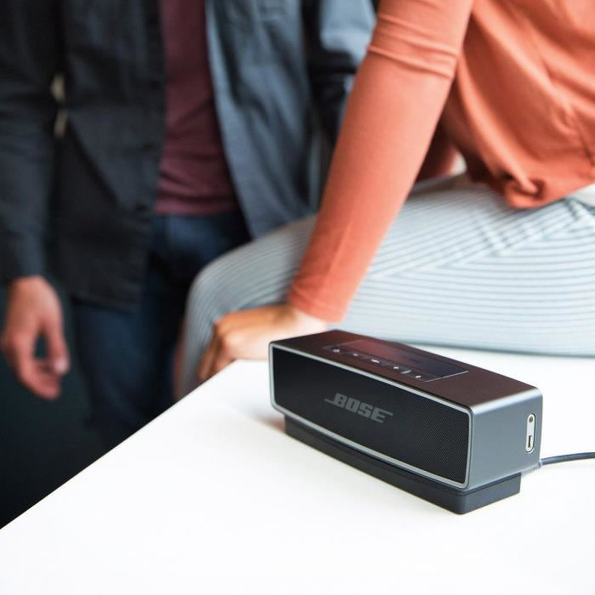 bose enceinte bluetooth soundlink mini ii noir carbone enceinte nomade avis et prix pas. Black Bedroom Furniture Sets. Home Design Ideas