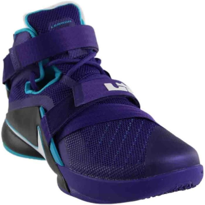chaussure nike lebron soldier