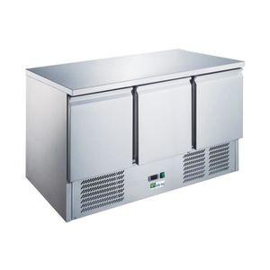 ARMOIRE RÉFRIGÉRÉE Table réfrigérée avec pieds réglables - 3 portes