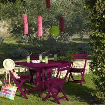 Salon de jardin: Table VEGA Rose Framboise + 4 chaises MIAMI pliantes Rose  Framboise