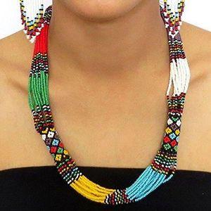 collier africain pour femme
