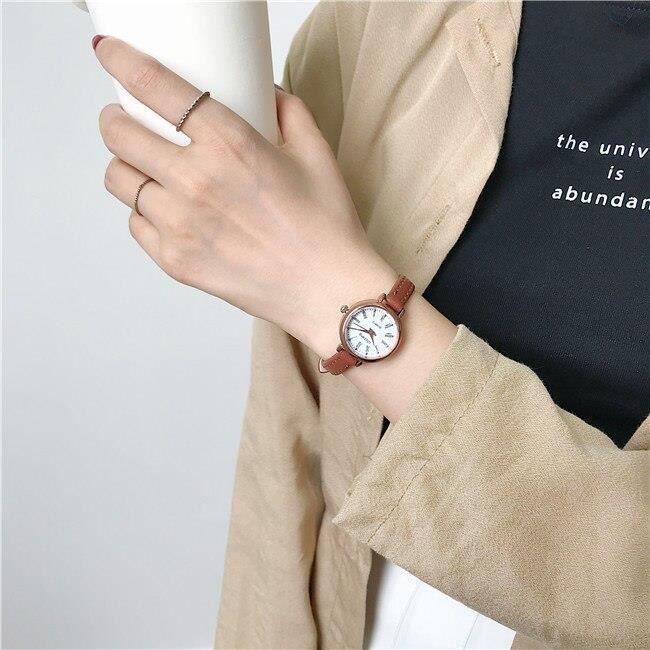 Montre rétro marron pour femmes, petite montre-Bracelet Vintage en cuir, marque de mode, 2019 Brown white -QUEN424