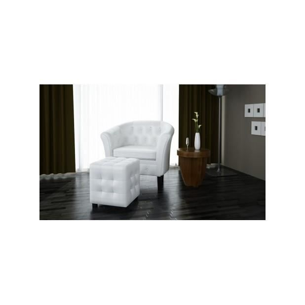 superbe fauteuil chesterfield blanc avec repose pieds achat vente fauteuil blanc cdiscount. Black Bedroom Furniture Sets. Home Design Ideas