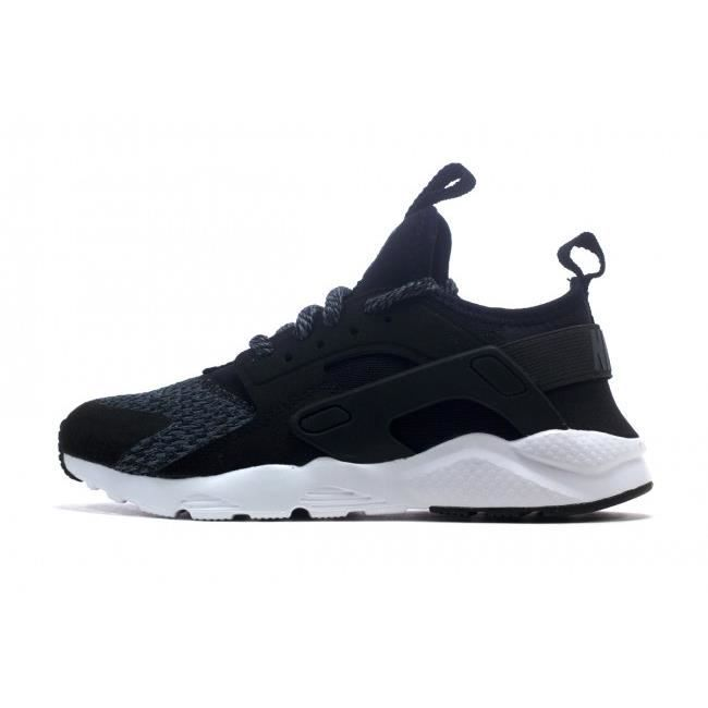 NIKE HUARACHE RUN ULTRA SE 922924-004