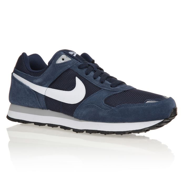 nike baskets md runner txt homme homme bleu marine achat vente nike baskets md runner txt. Black Bedroom Furniture Sets. Home Design Ideas
