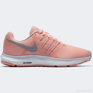 BASKET Baskets  Femme Nike Wmns Run Swift