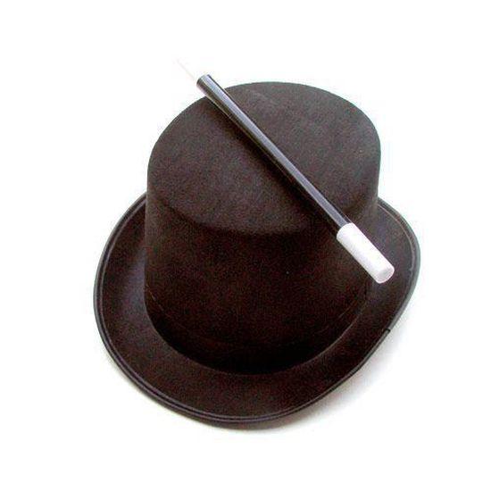 Chapeau et baguette du magicien junior