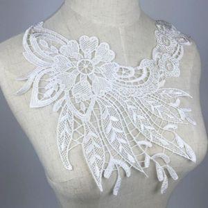 les robes de mari/ée id/éal pour les loisirs cr/éatifs Ruban en dentelle en forme de fleur de style vintage application /à coudre sur les v/êtements longueur 2,75/m et largeur 8/cm de large