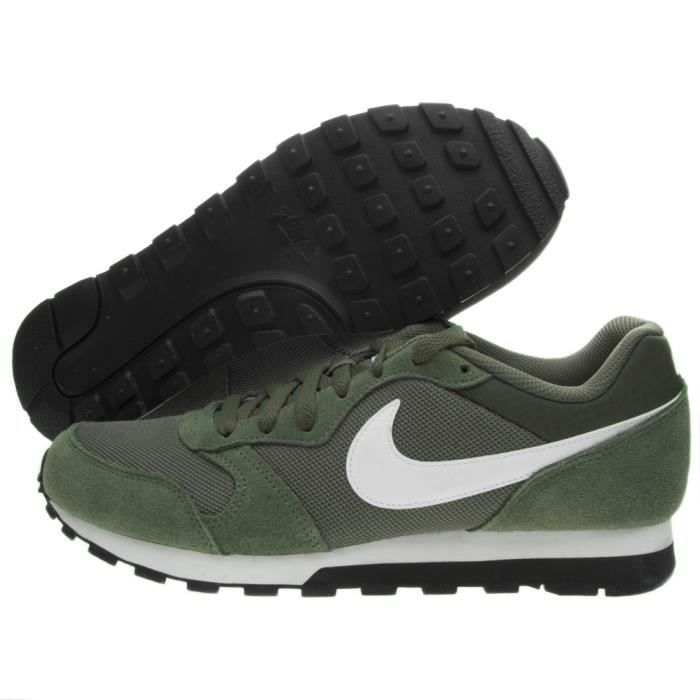 on sale 7d120 e4660 Basket Nike Nike Md Runner 2