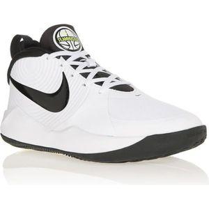 BASKET Nike Air Max Motion 2