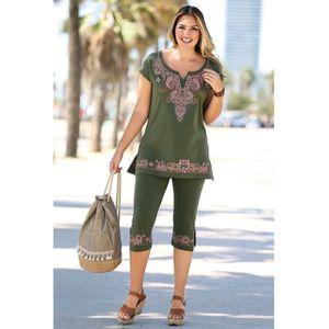 T-SHIRT Ensemble t-shirt manches courtes et corsaire femme