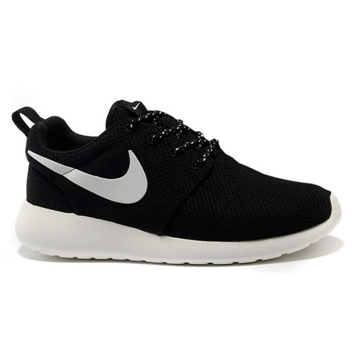 basket nike roshe run blanche