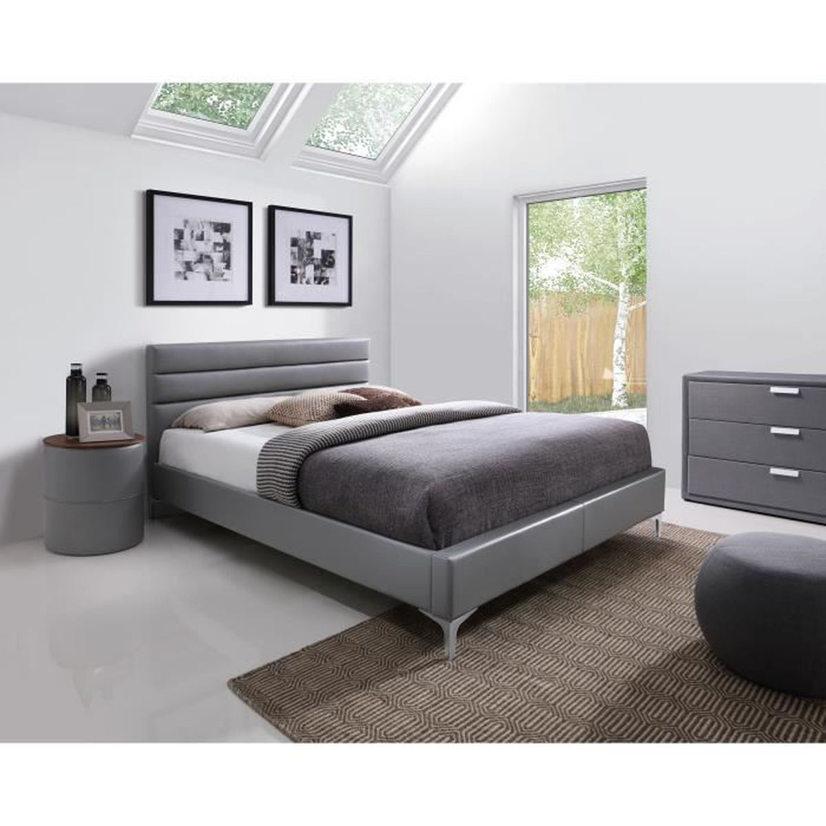 price factory lit adulte design gris thomas 140x200 cm avec sommier meuble en simili cuir. Black Bedroom Furniture Sets. Home Design Ideas