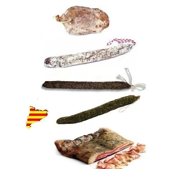 Lot Charcuterie Catalane avec 1 noix de jambon, 1 Fuet Nature, 1 Fuet au Poivre, 1 Fuet aux herbes, 1 ventrèche