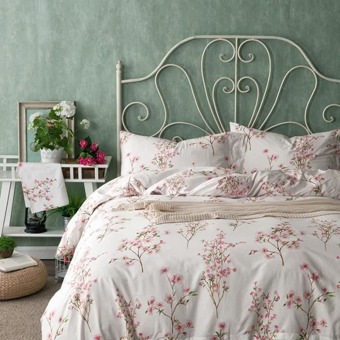 parure de lit adulte printemps petite fleur rouge ivoire. Black Bedroom Furniture Sets. Home Design Ideas