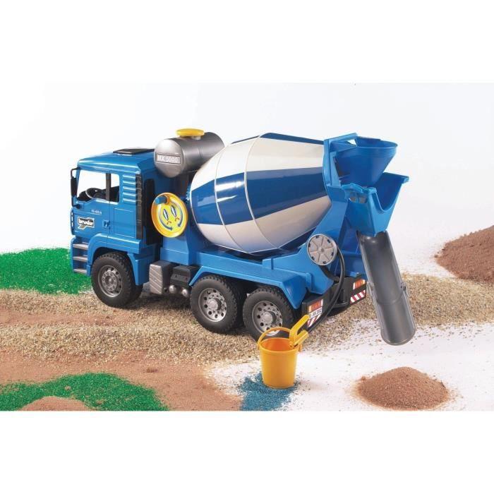 BRUDER - Camion toupie à beton MAN