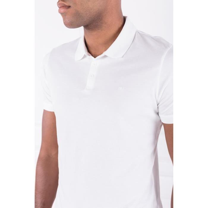 Polo Calvin Klein blanc pour hommes. J30J307741 112.