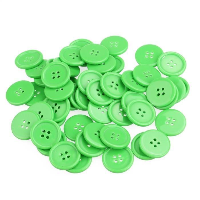 Mercerie lot de 5 boutons carrés coloris vert foncé 27mm button