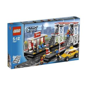 Calendrier De L Avent Lego Star Wars Carrefour.Lego City 60237 Virage Et Carrefour Achat Vente