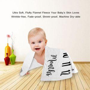COUVERTURE - PLAID BÉBÉ Couverture mensuelle pour bébé de 1 à 12 mois Phot