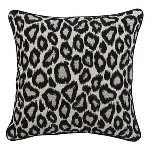 coussin leopard achat vente pas cher. Black Bedroom Furniture Sets. Home Design Ideas