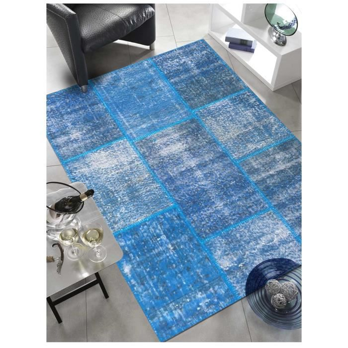 tapis de haute qualit kilim class patchwork bleu 80x150 par unamourdetapis tapis naturel 80 x. Black Bedroom Furniture Sets. Home Design Ideas
