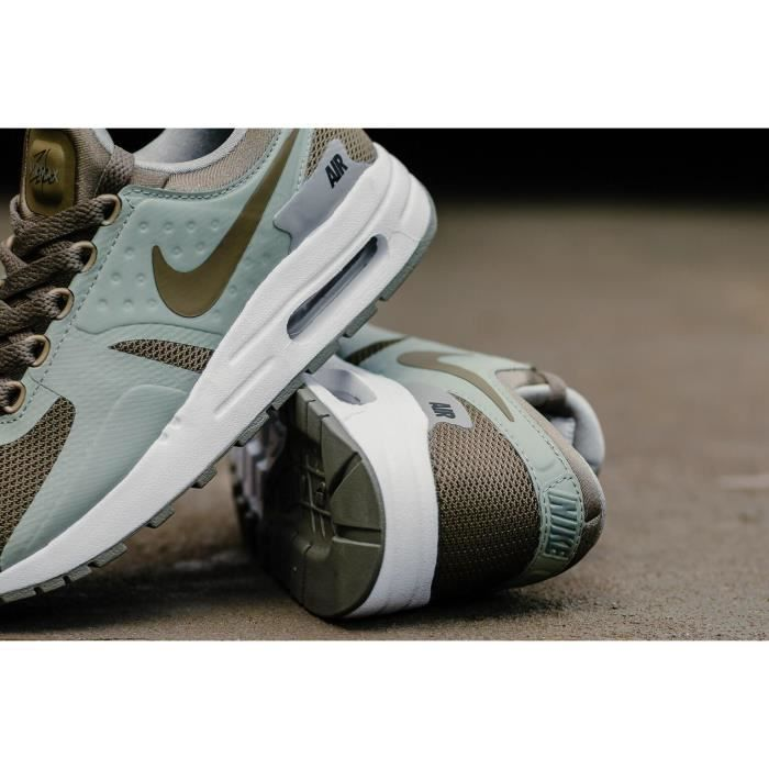Baskets Nike Air Max Zero Essential, Modèle Juniors 881224 200 Kaki.
