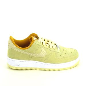 Basket -mode - Sneakers NIKE Air Force 1 Jaune Pale 818594700