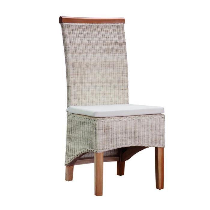 Chaise en rotin naturel avec coussin