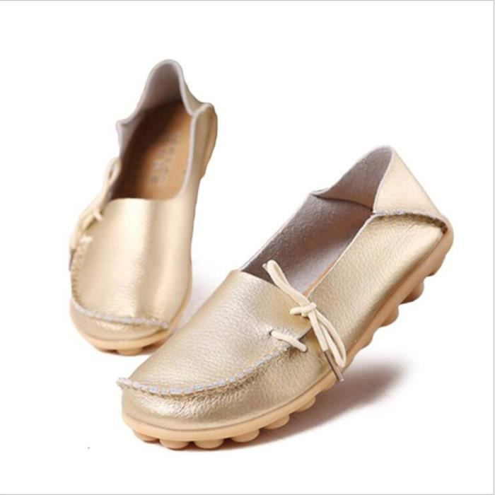 Loafer femmes Cuir perforé Nouvelle Mode Respirant Confortable Chaussure femme Marque De Luxe Loafers cuir Grande Taille 2017