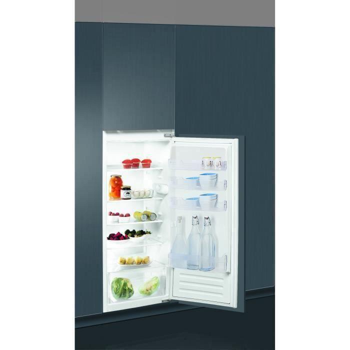 INDESIT Z21A1DIR - Réfrigérateur 1 porte encastrable tout utile - 210L - Froid Statique - A+ - L54 cm x H122 cm - Fixation Glissière