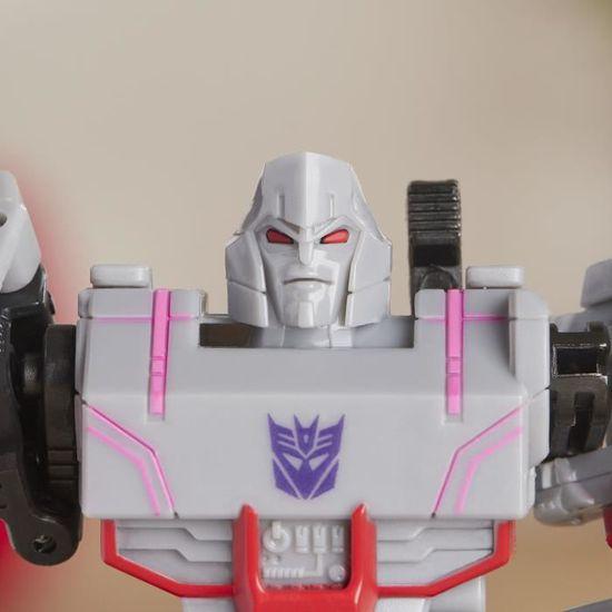 Transformers cyberverse Guerrier Optimus Prime Neuf