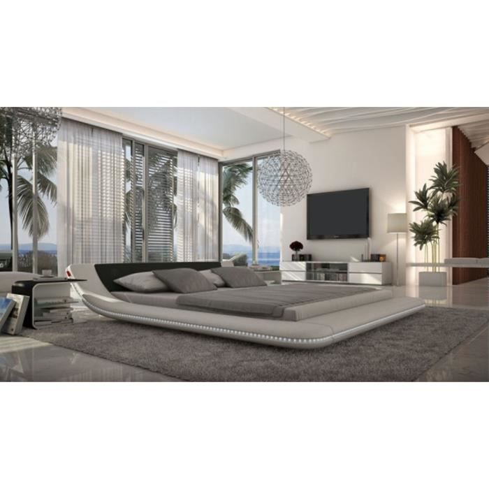 lit cuir pilow lit design en cuir clairage led avec. Black Bedroom Furniture Sets. Home Design Ideas