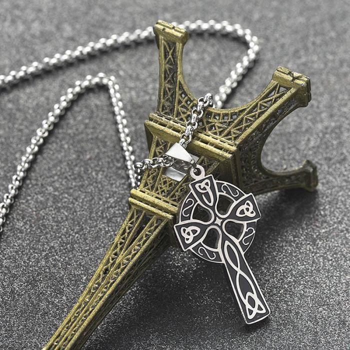 SAUTOIR ET COLLIER christian bijoux viking triple corne de odin pende