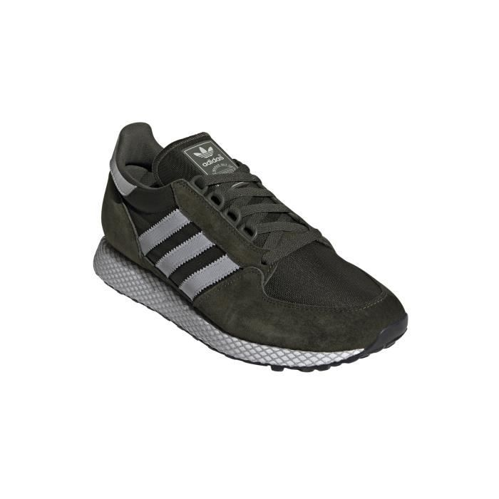 Chaussures de lifestyle adidas Forest Grove
