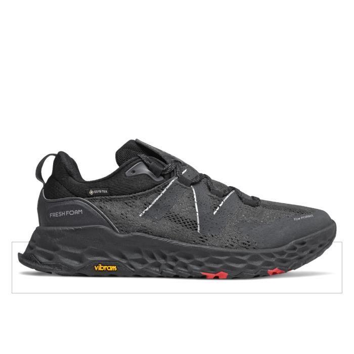 Chaussures de trail New Balance fresh foam hierro v5 gtx - black/black - 50