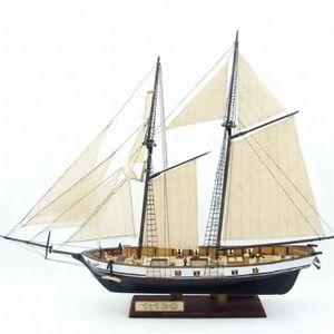 MAQUETTE DE BATEAU 1: 130 échelle voilier modèle 380x130x270mm bricol
