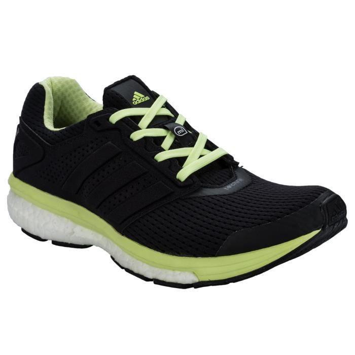 Chaussures de course adidas Supernova Glide Boost 7 pour Femmes en Noir.